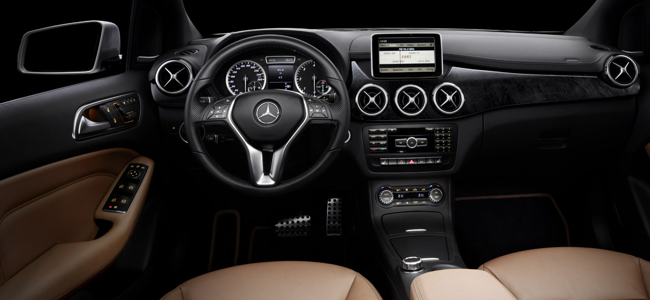 Mercedes Releases First Interior Images of The B-Class - wemotor.com