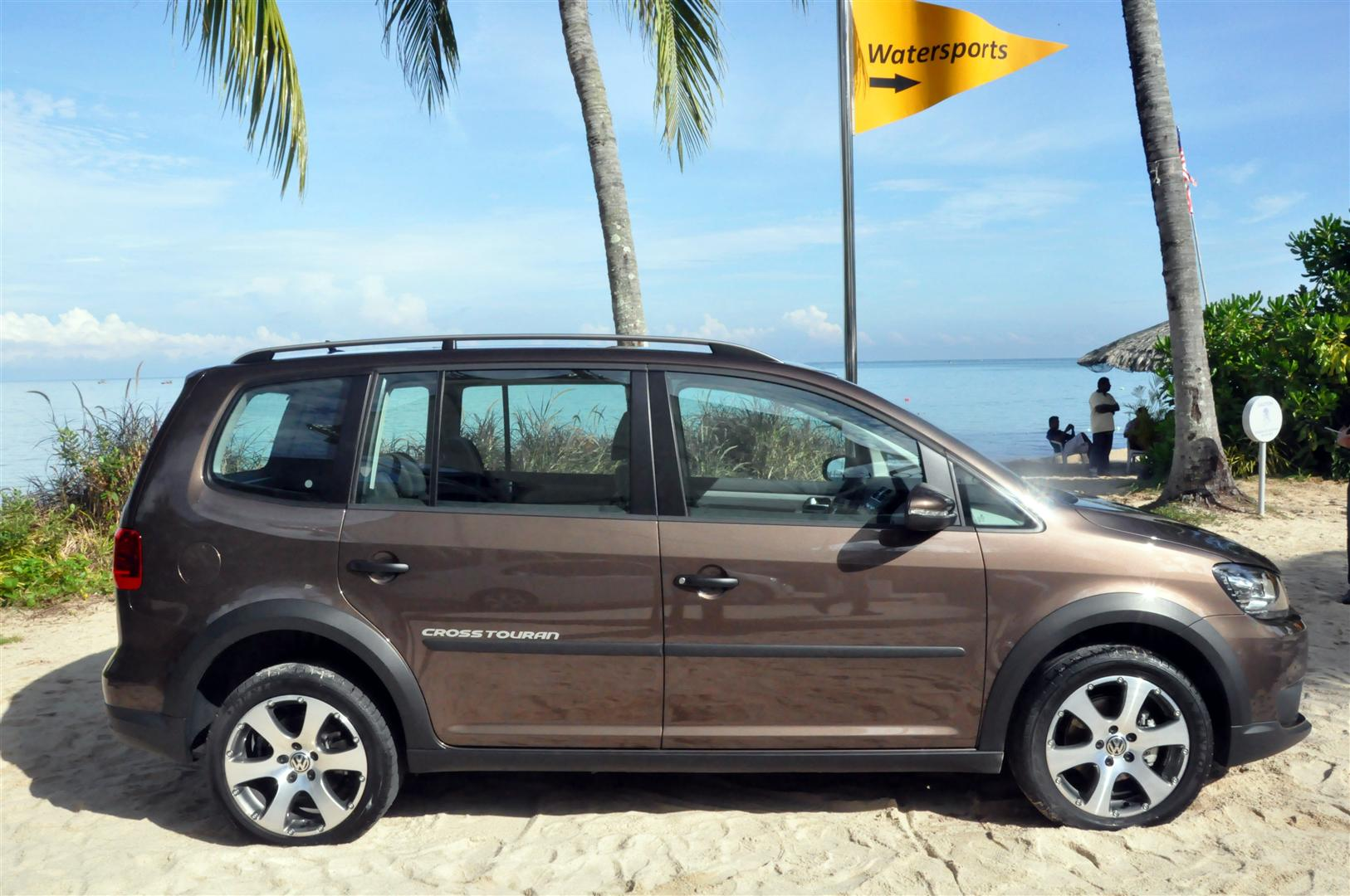 the volkswagen cross touran unconventional performance rm166 888 otr