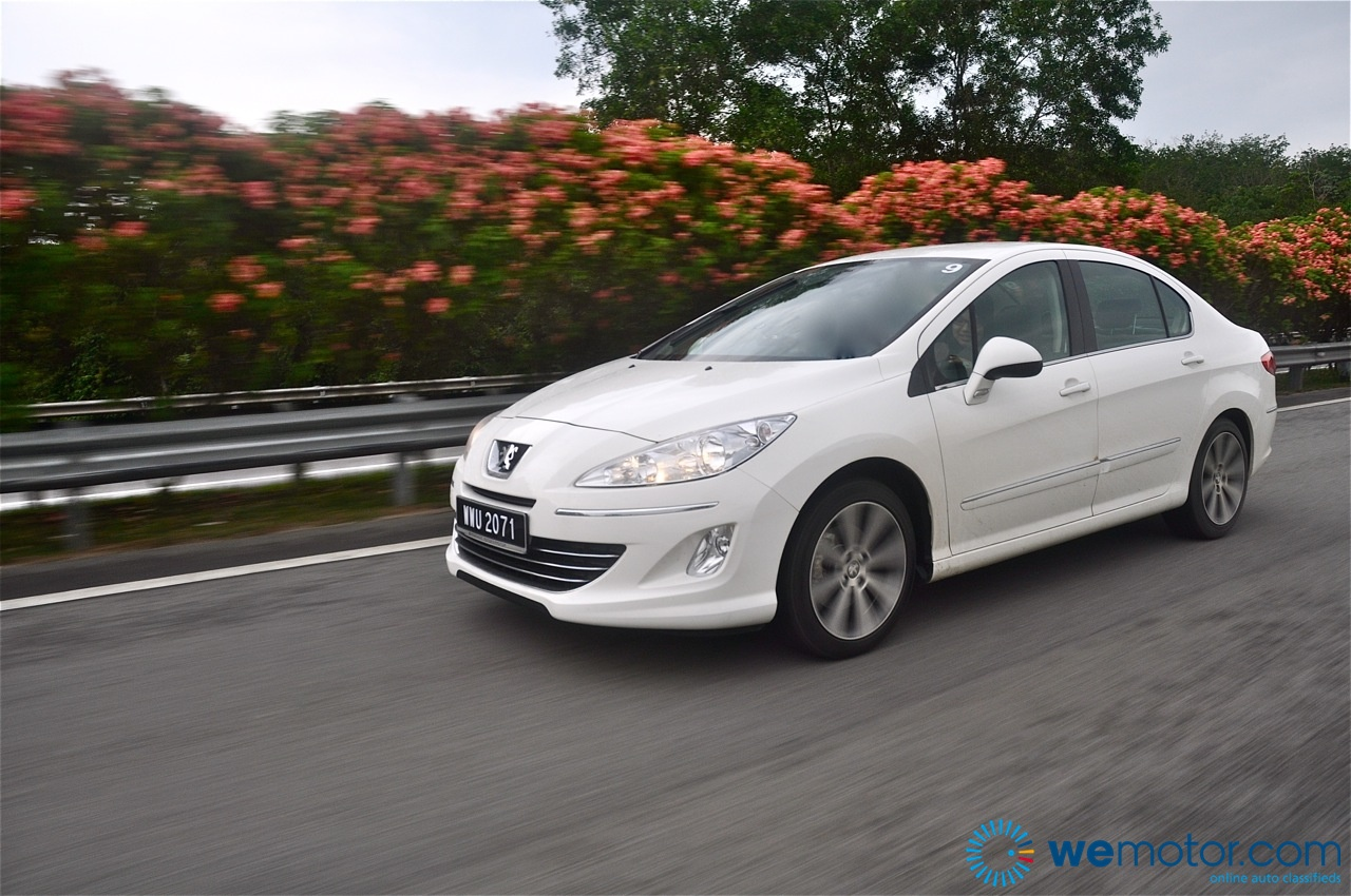 Review 2012 Peugeot 408 2 0 Litre And 1 6 Litre Turbo