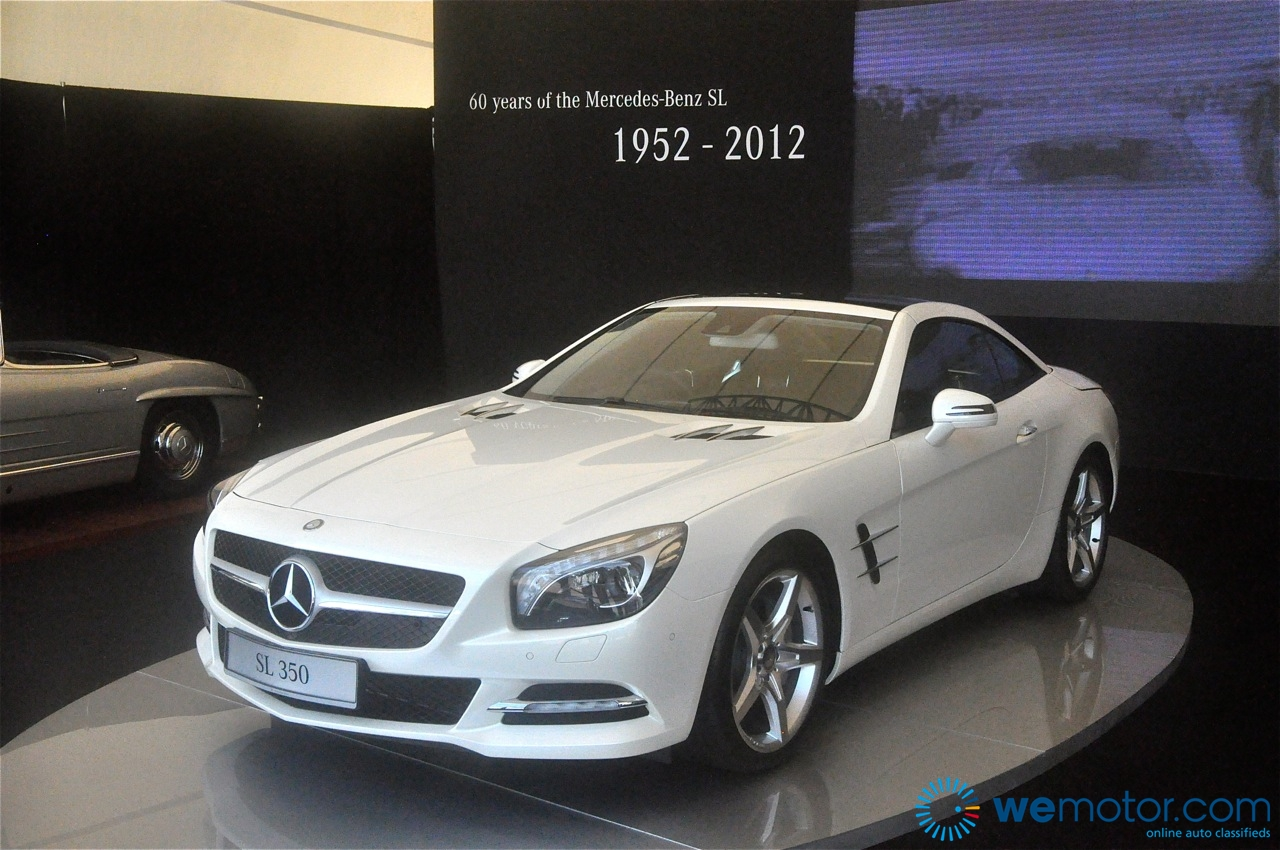 Mercedes benz malaysia launches 6th generation 2012 sl350 for Mercedes benz malaysia