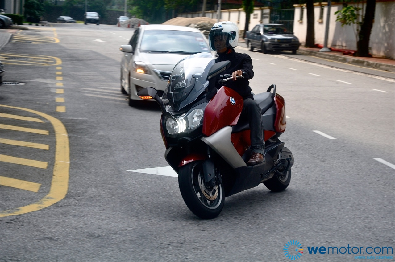 BMW C650 GT Review 006