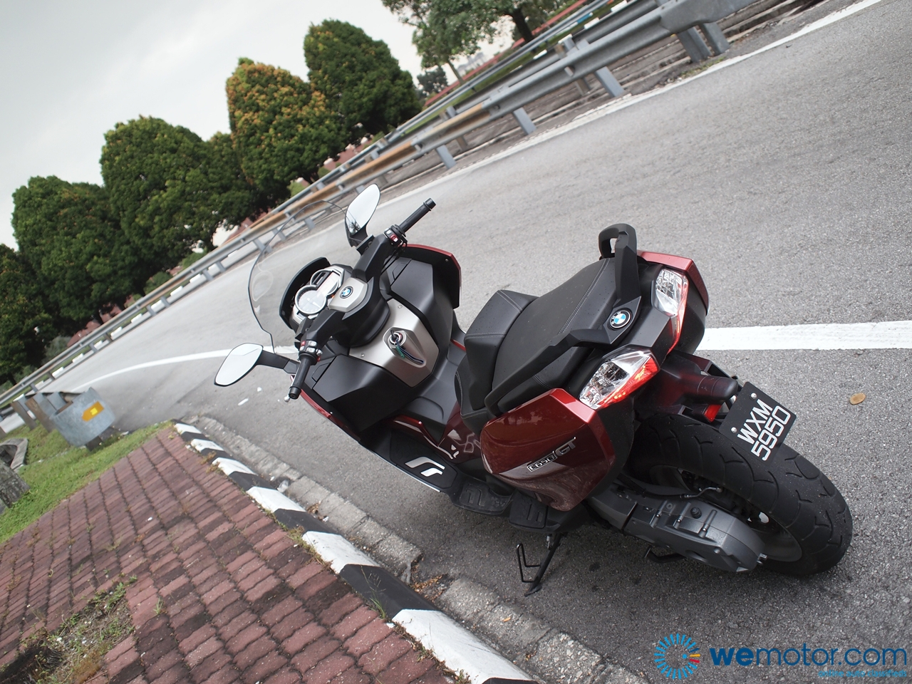 BMW C650 GT Review 015