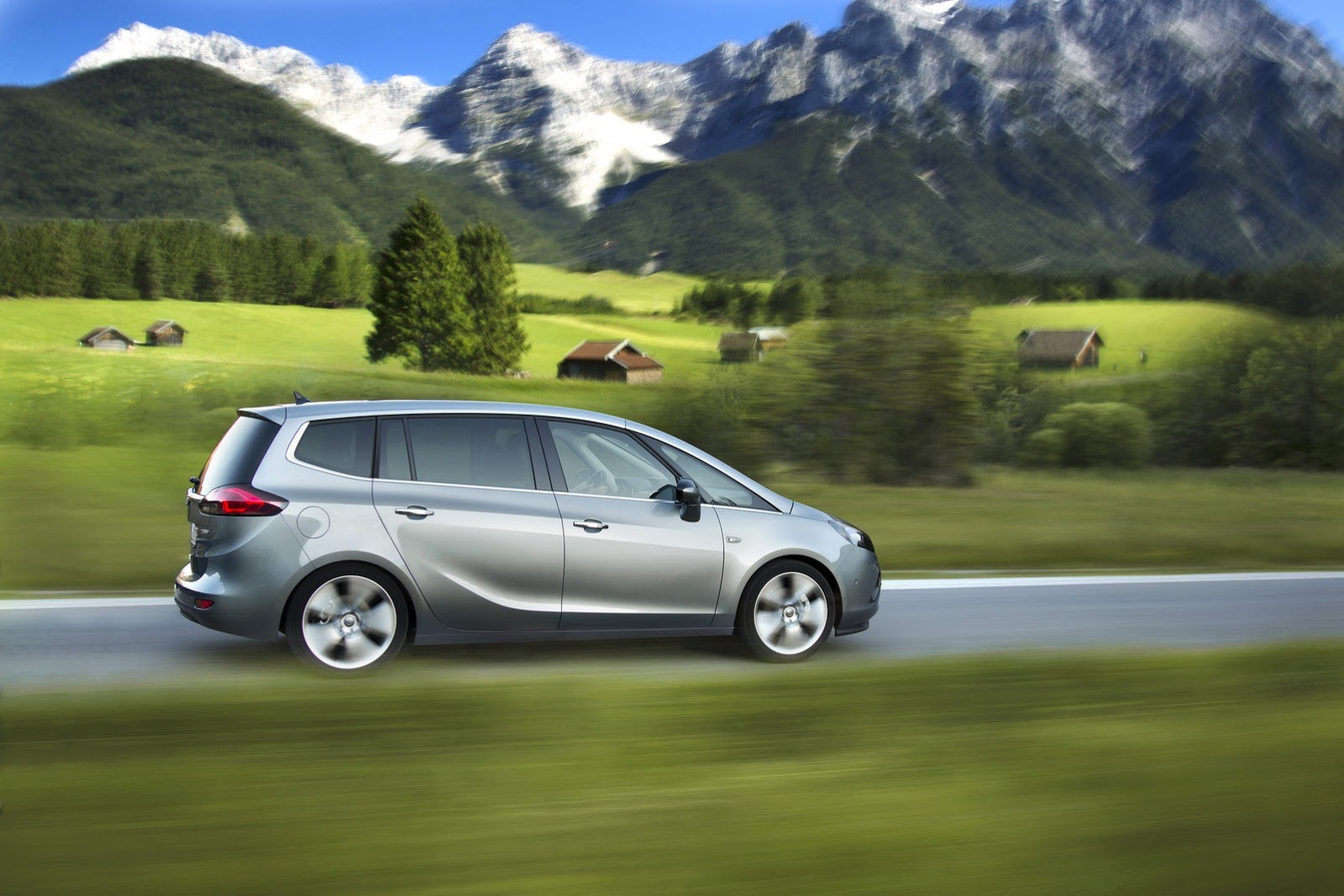 Opel-Vauxhall Zafira New Diesel Engine - 2