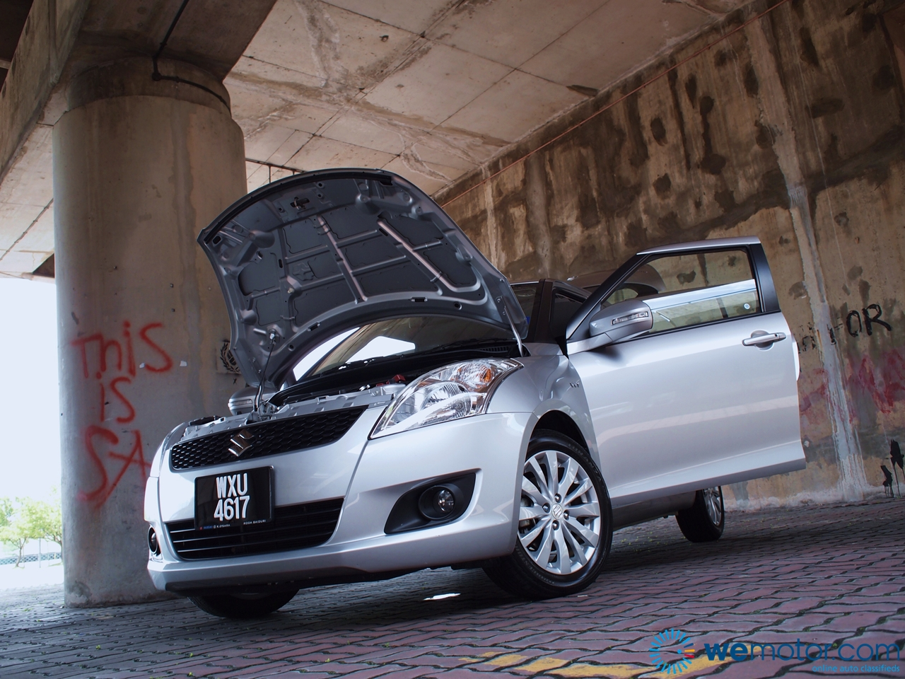 2013 Suzuki Swift 062