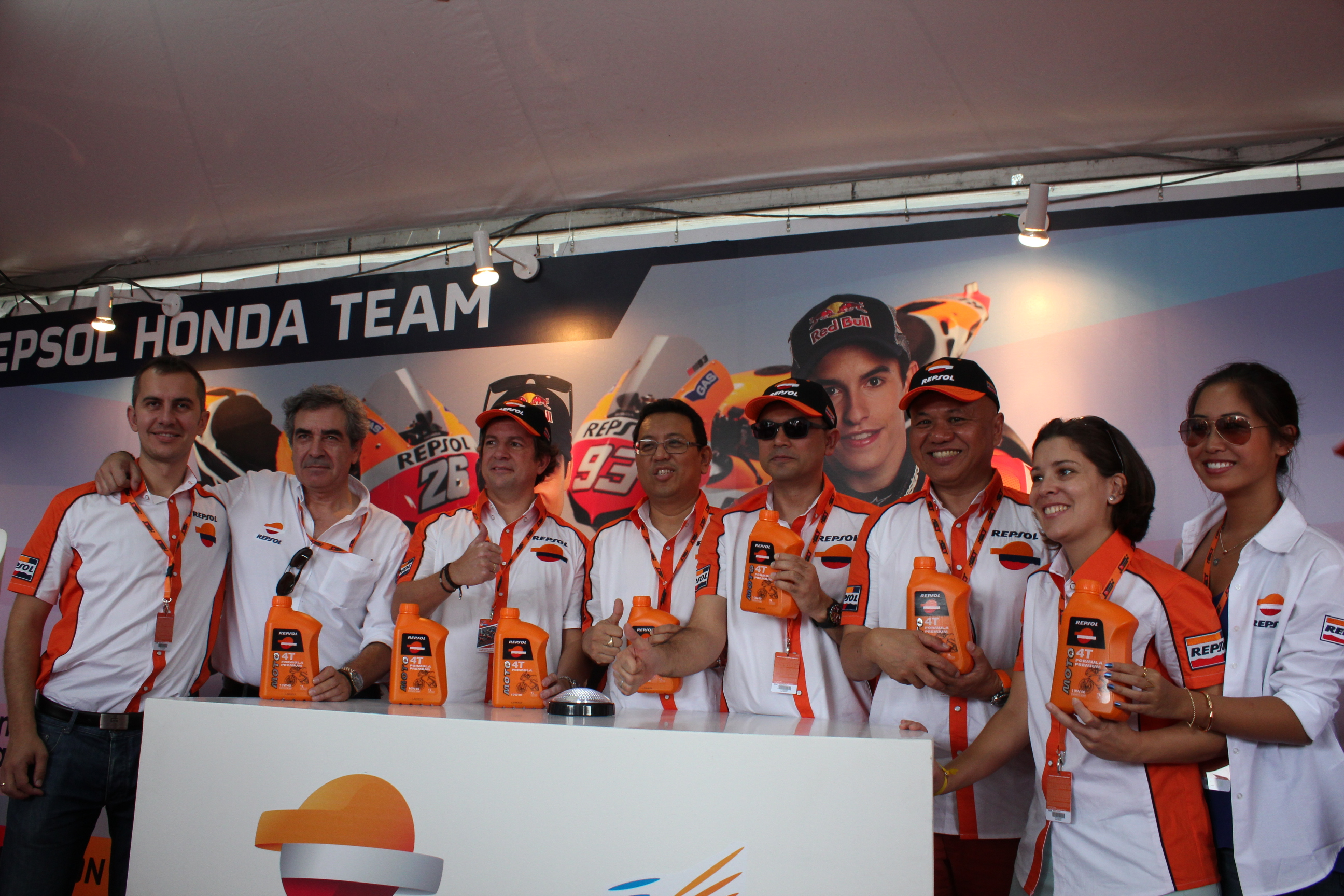 Repsol Launches Moto 4T Motorcycle Engine Oil - 1