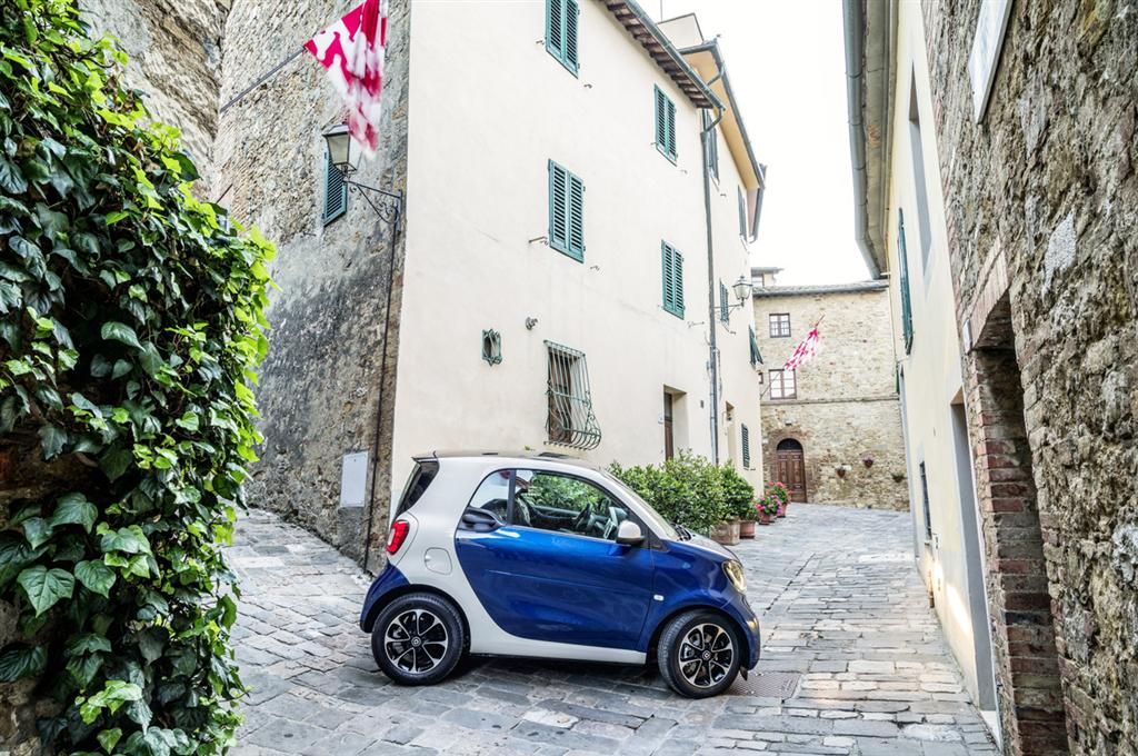 Smart Fortwo and Forfour Reveal - 39