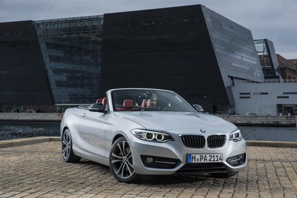 BMW 2 Series Convertible - 17
