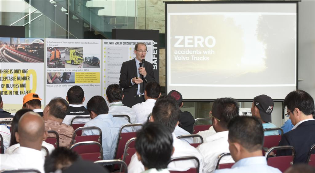 Volvo Trucks - Road Safety Issues - Forum - 1