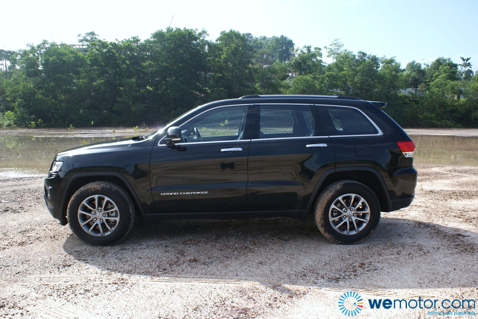 2014 Jeep Grand Cherokee Limited Review 040