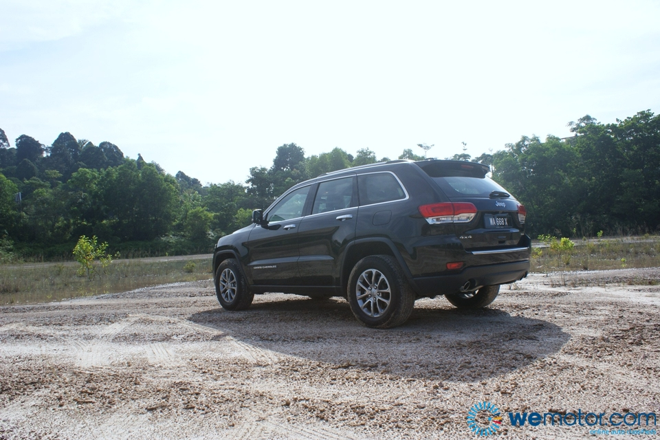 2014 Jeep Grand Cherokee Limited Review 041