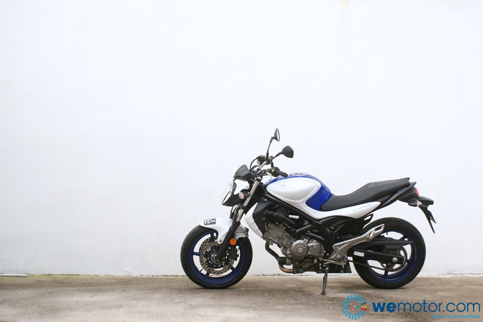 Suzuki Gladius Test Ride 007