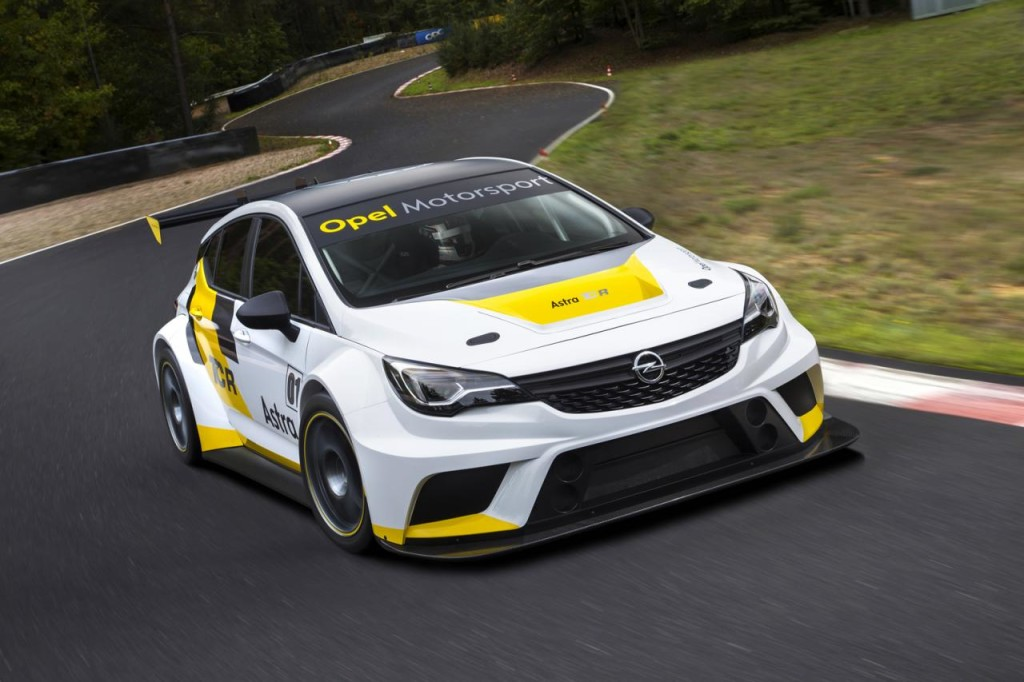 Opel Astra TCR 01