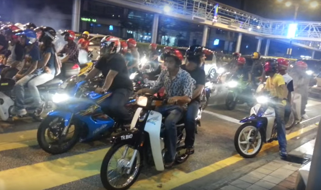 May Soon Be Able To Legally Race Through The Streets Of Kuala Lumpur As Government Looks For A Solution Overcome Illegal Motorcycle Racing