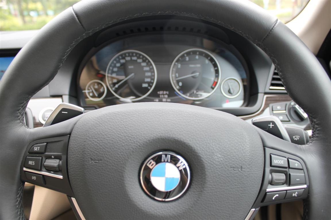REVIEW: 2010 BMW 535i (F10) - The Bruiser That Wears A Suit